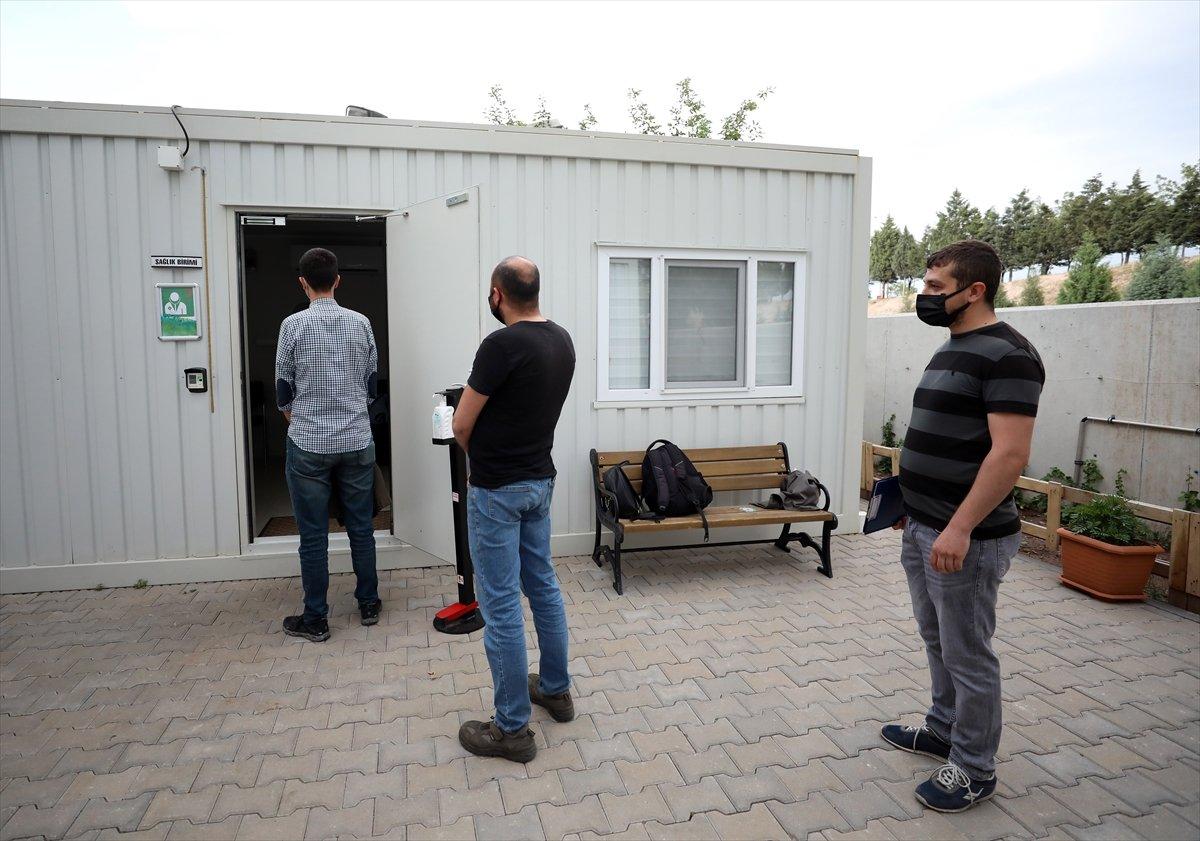 Ankara da mobil sağlık ekipleri  yerinde aşı  uygulamasını başlattı #6