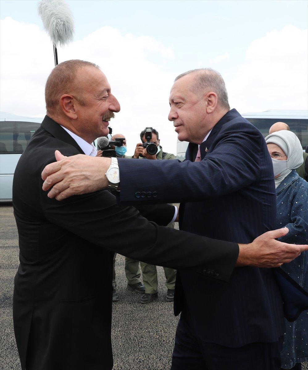 Cumhurbaşkanı Erdoğan, İlham Aliyev ile Şuşa yı gezdi #6