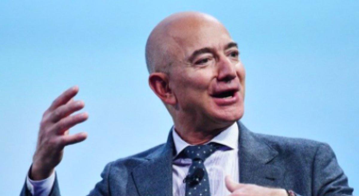 Jeff Bezos un uzay yolculuğundan dönmemesi için imza kampanyası başlatıldı #4