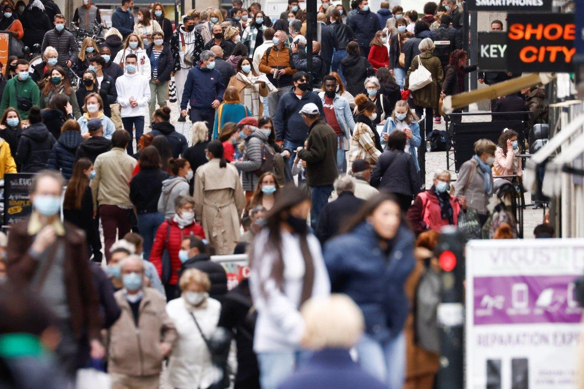 Fransa da maske zorunluluğu kaldırılıyor  #8
