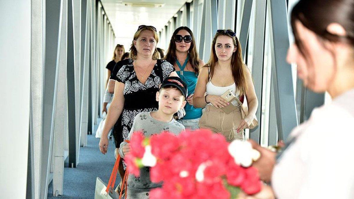 Rus heyet, uçak seferlerini görüşmek için Türkiye ye geldi #3