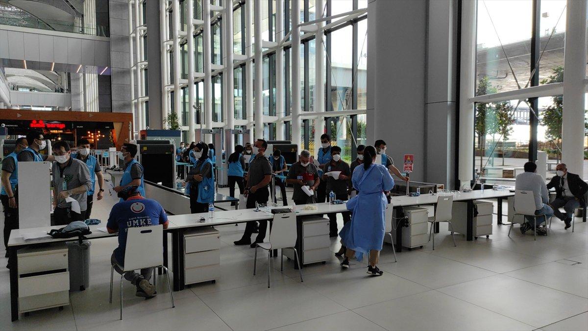 İstanbul Havalimanı nda aşı merkezi hizmete açıldı #4