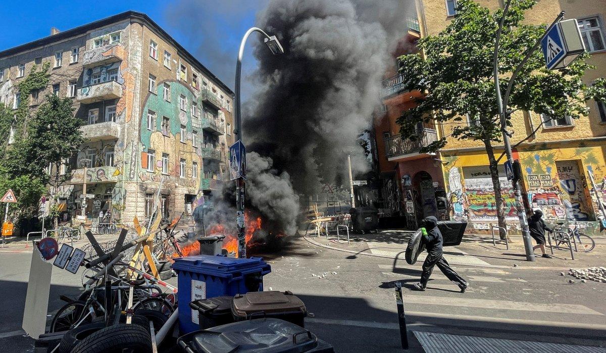 Berlin de bina denetimi öncesinde ortalık karıştı #2