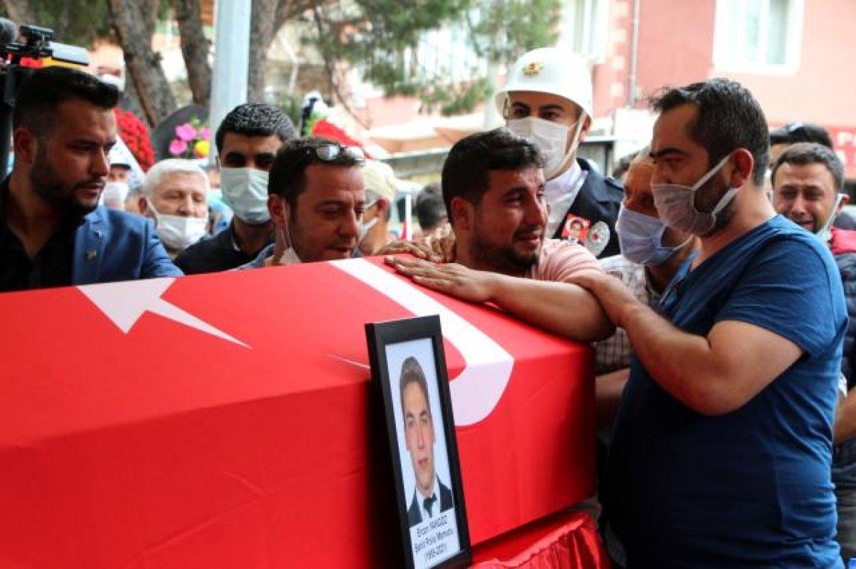 Şehit polis Ercan Yangöz son yolculuğuna uğurlandı #6