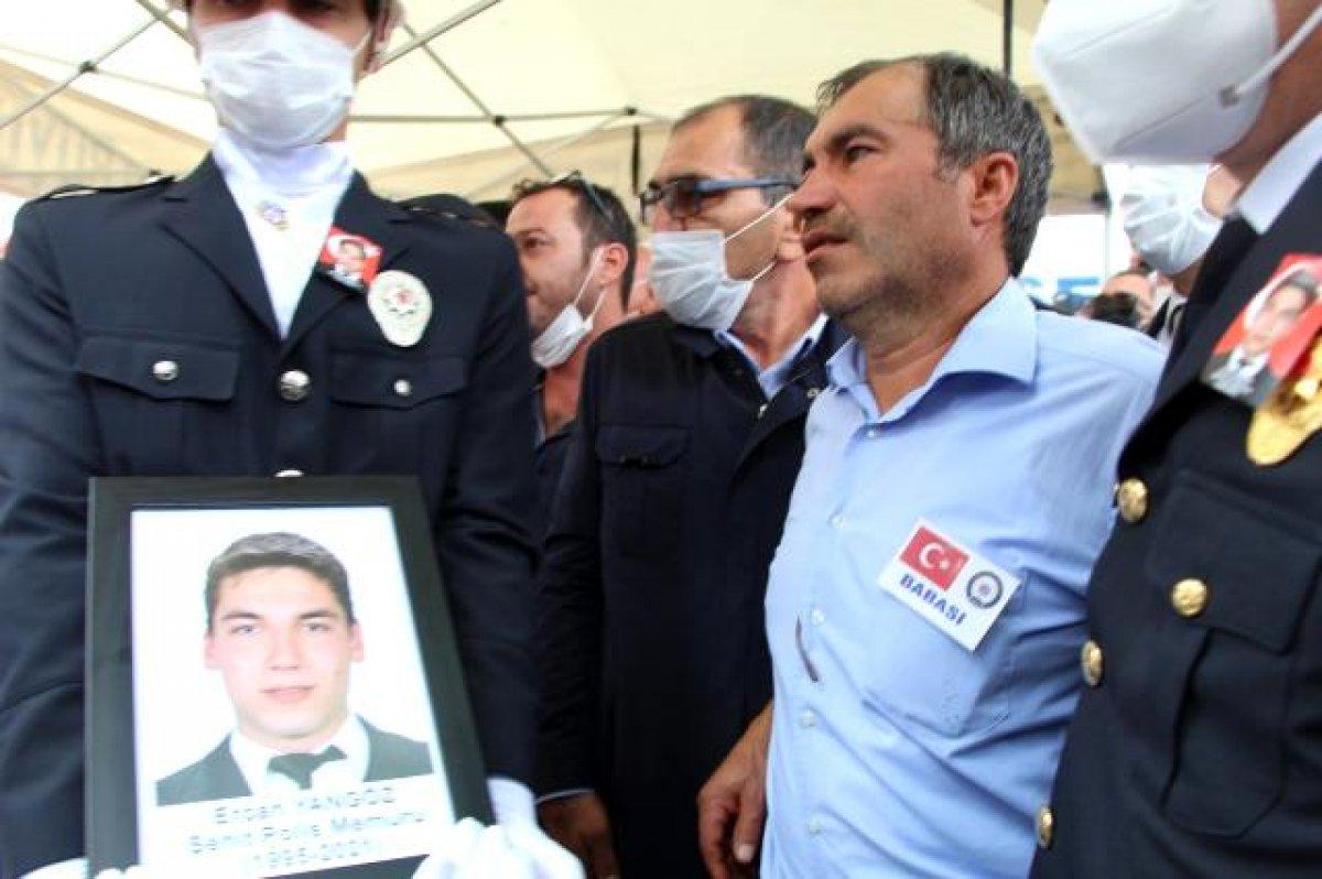 Şehit polis Ercan Yangöz son yolculuğuna uğurlandı #9
