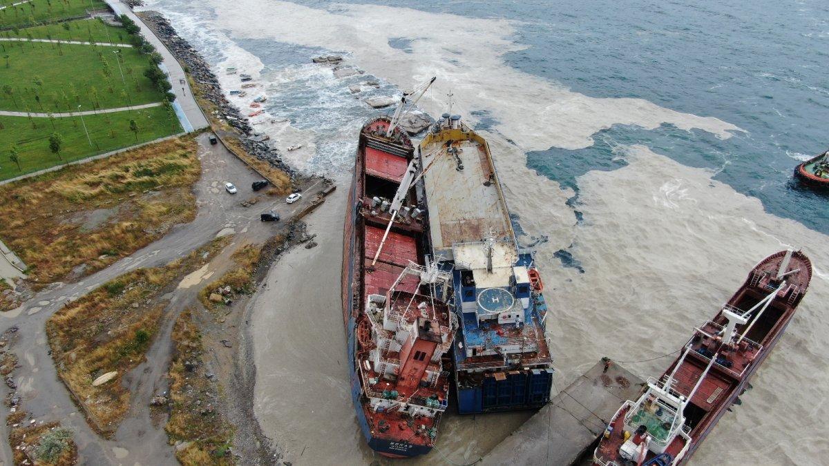 Kartal da bir gemi, halatının kopması sonucu başka bir gemiye çarptı #2