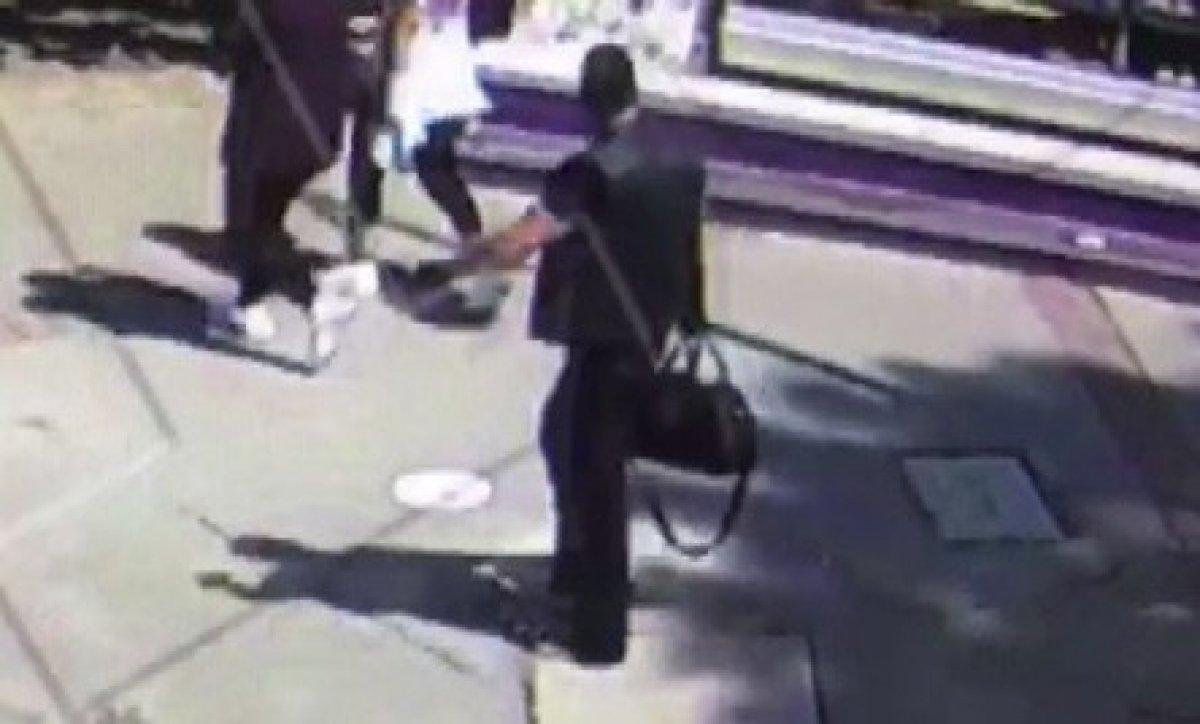 İzmir deki saldırı öncesi şüphelinin görüntüleri  #3