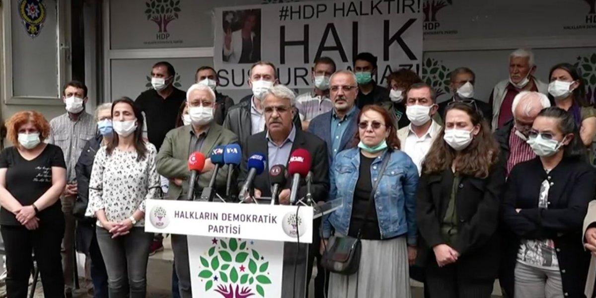 İzmir deki olayın ardından HDP lilerden  Katil devlet  sloganı #1