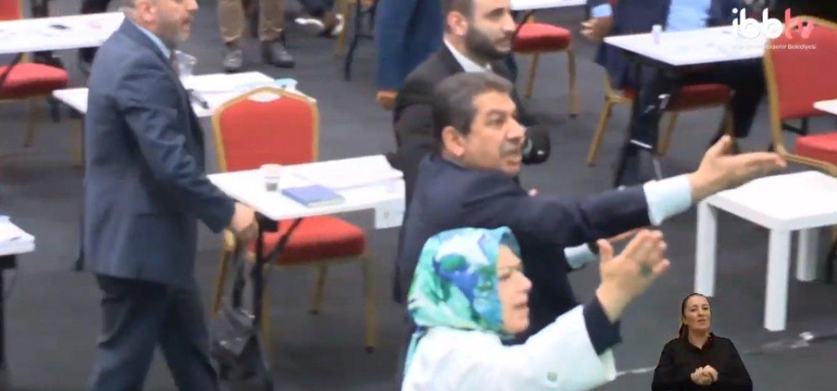 İBB Meclis te CHP nin 15 Temmuz iddiası gerginliğe neden oldu #2