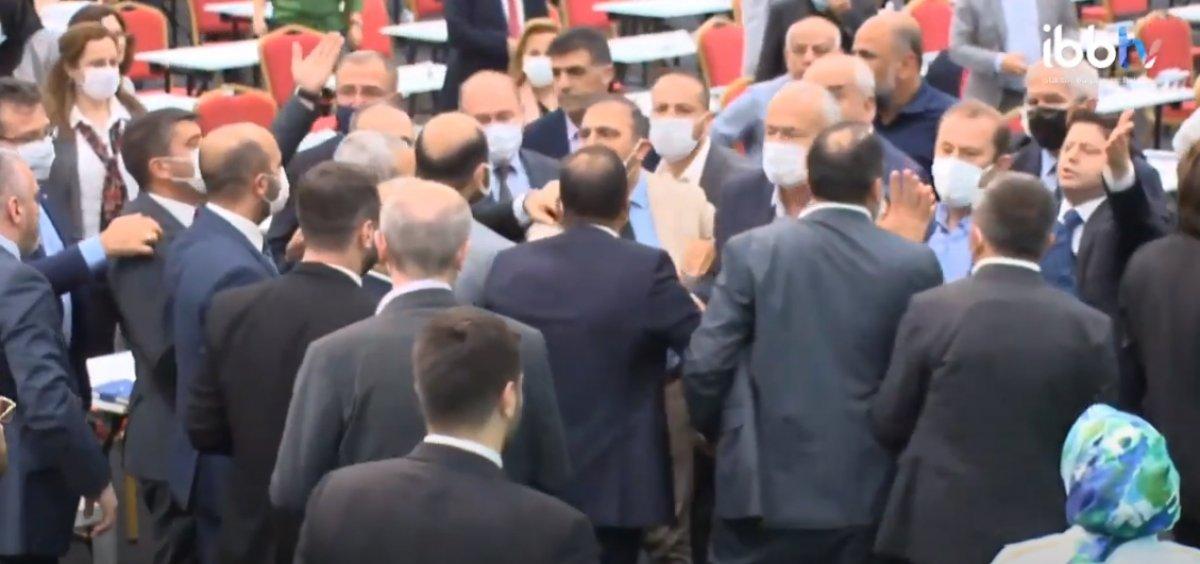 İBB Meclis te CHP nin 15 Temmuz iddiası gerginliğe neden oldu #4