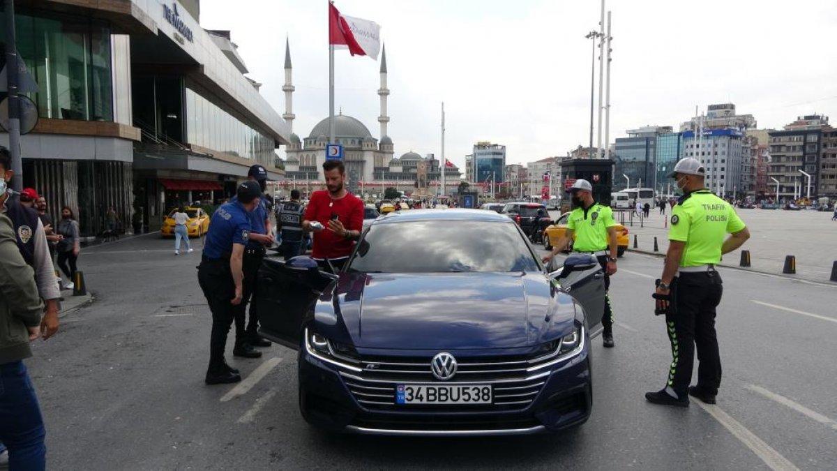 Taksim Meydanı'nda helikopter destekli  huzur  uygulaması  #6