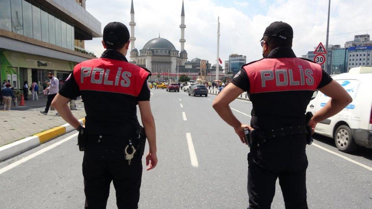 Taksim Meydanı'nda helikopter destekli  huzur  uygulaması  #1
