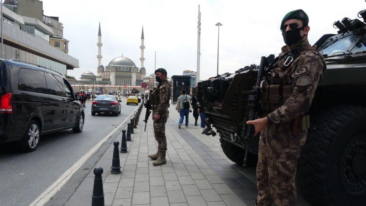 Taksim Meydanı'nda helikopter destekli  huzur  uygulaması  #8