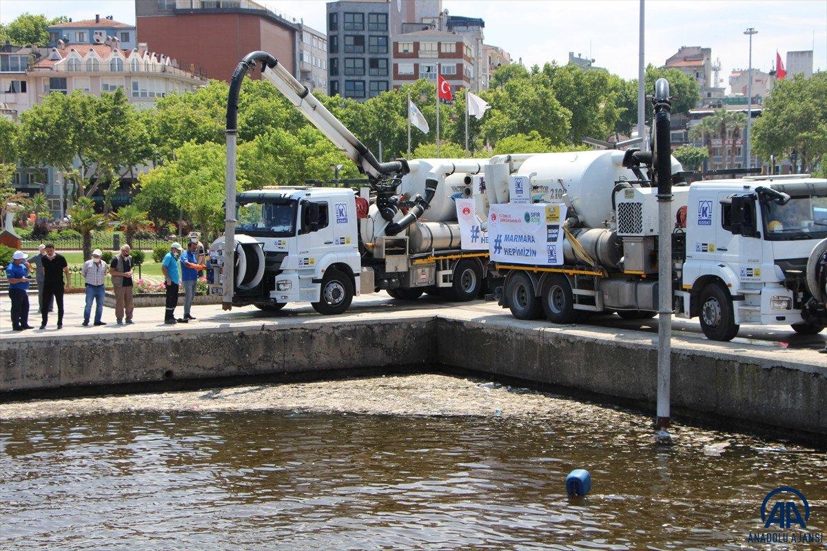 Balıkesir de müsilaj temizleme çalışmaları devam ediyor #4