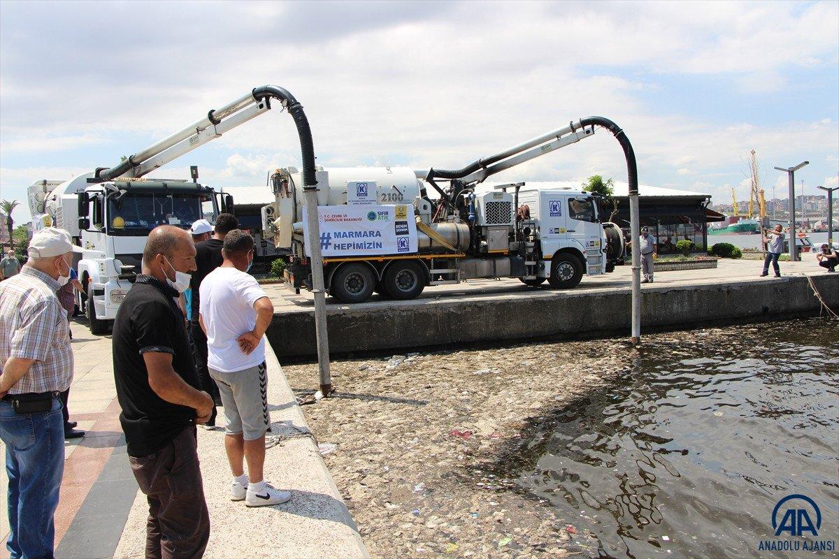 Balıkesir de müsilaj temizleme çalışmaları devam ediyor #2
