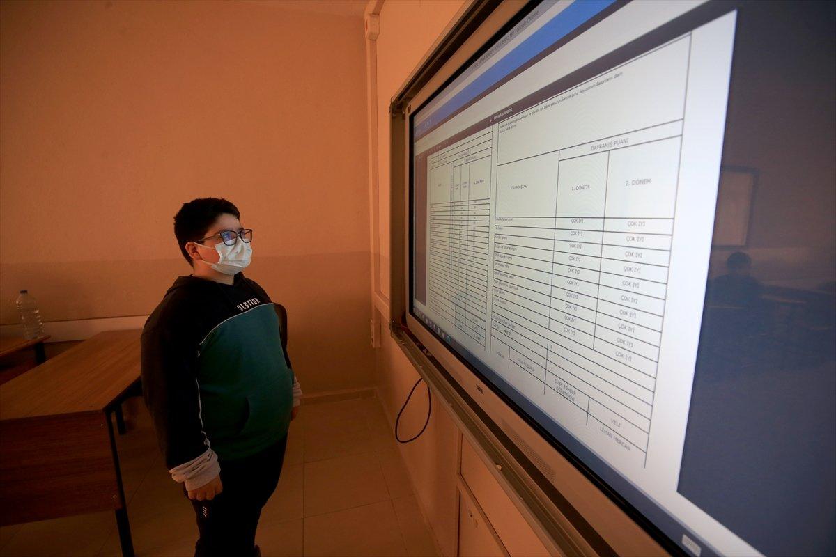 18 milyon öğrencinin dijital karneleri erişime açıldı #7