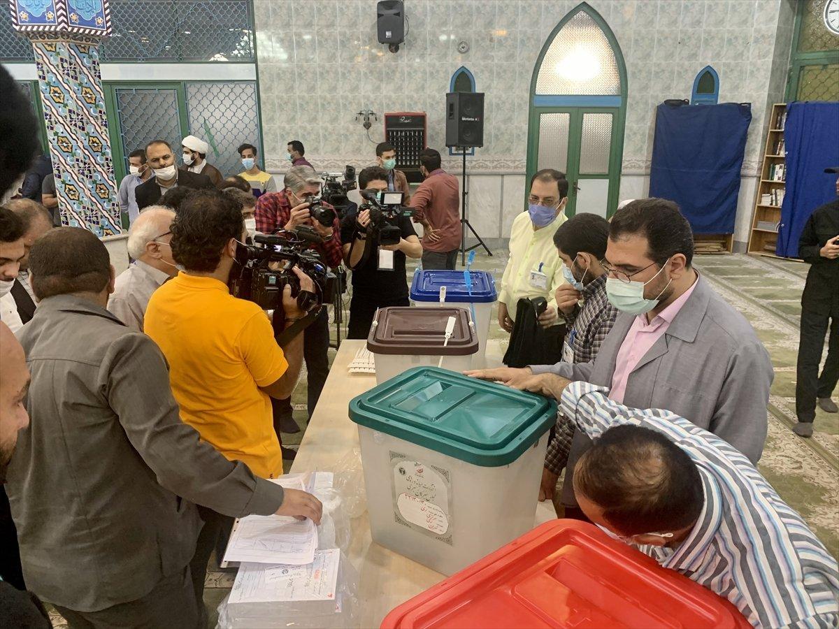 İran 13. cumhurbaşkanını seçiyor  #2