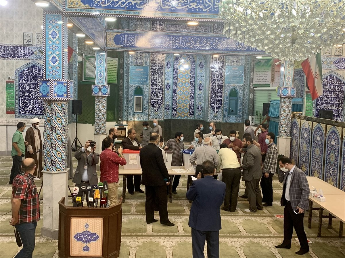İran 13. cumhurbaşkanını seçiyor  #3