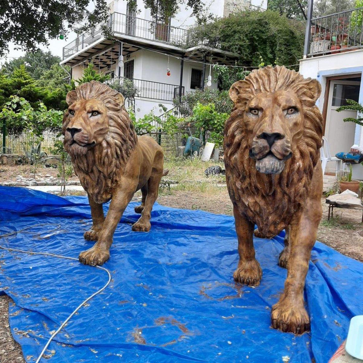 Fatih Terim evine aslan heykeli yaptırdı #2