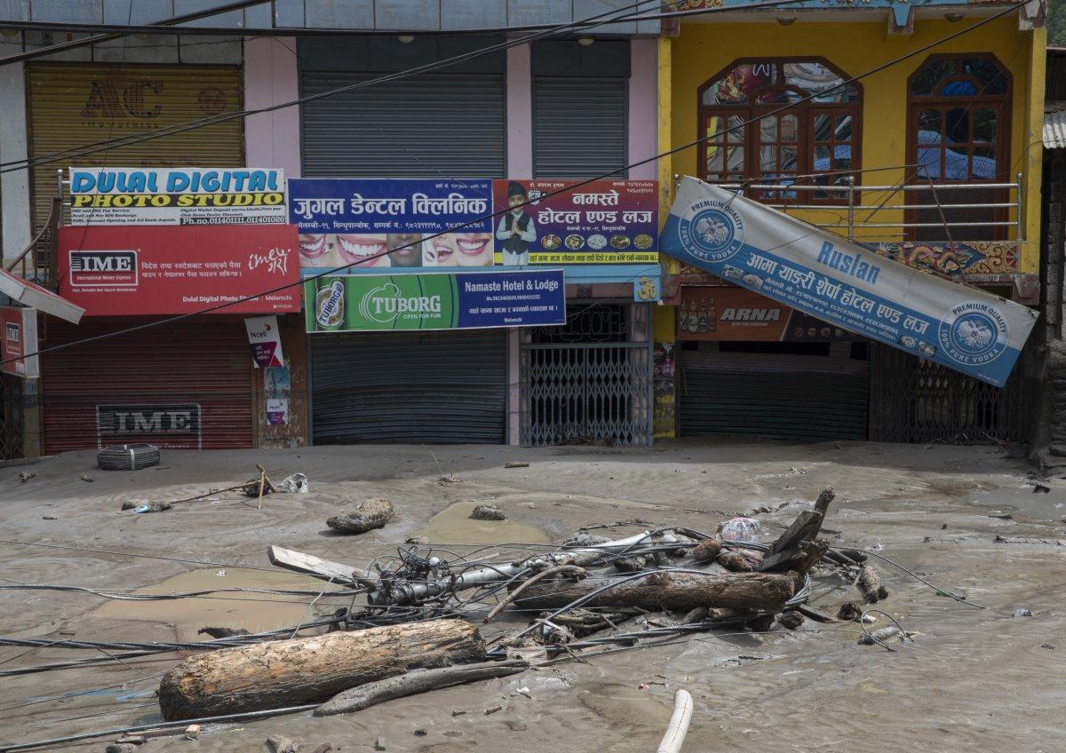 Nepal'de sel ve heyelan felaketi can aldı #2