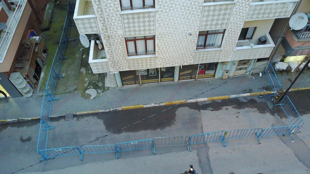 Pendik te depremden etkilenen 4 katlı apartman tahliye edildi #2