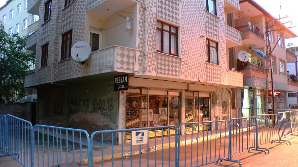 Pendik te depremden etkilenen 4 katlı apartman tahliye edildi #6