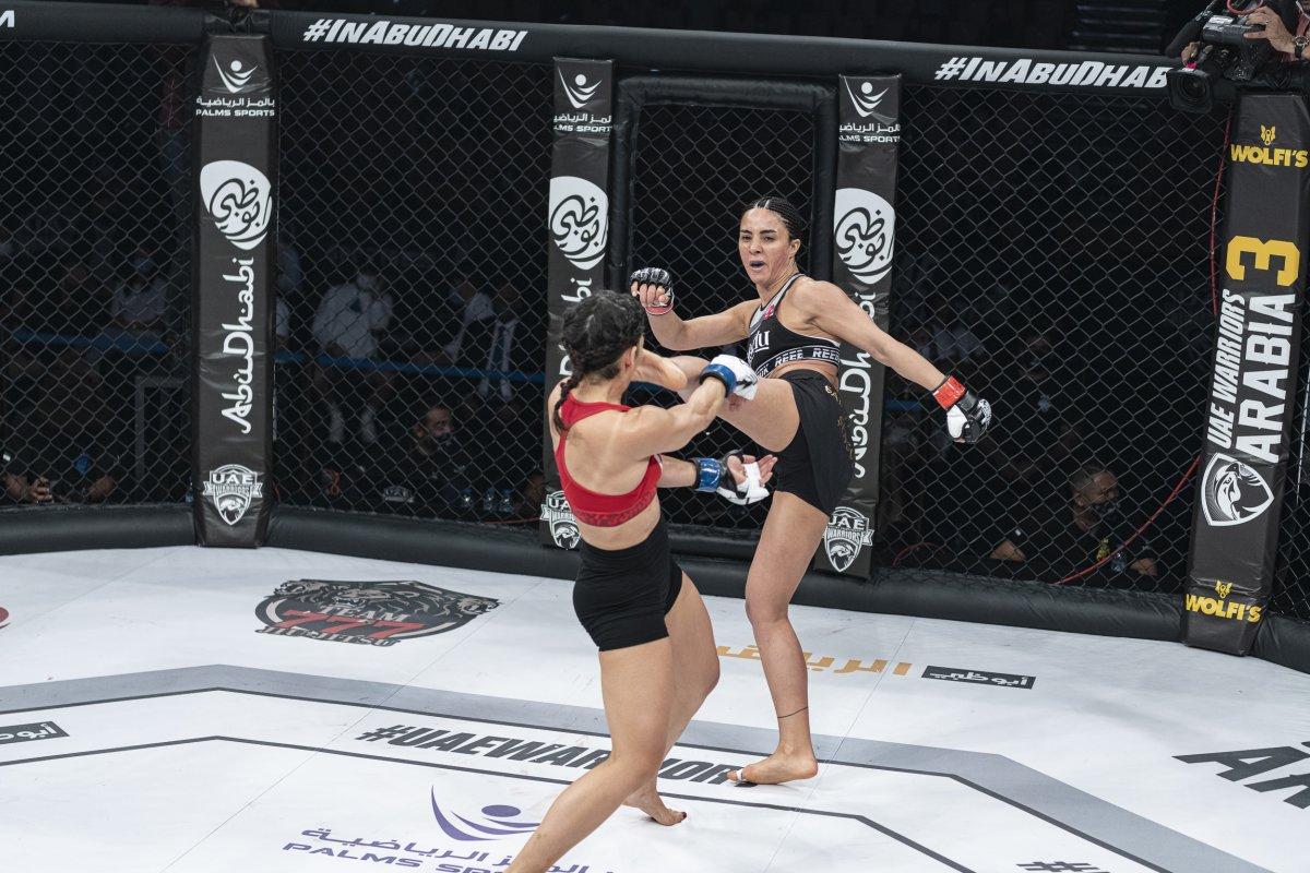 Sabriye Şengül MMA de kazanan ilk Türk kadın oldu #3