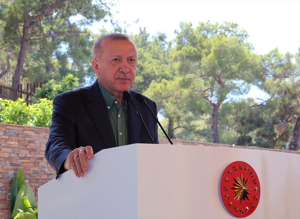 Cumhurbaşkanı Erdoğan: Tatil yapan turist Türkiye den vazgeçemiyor #1