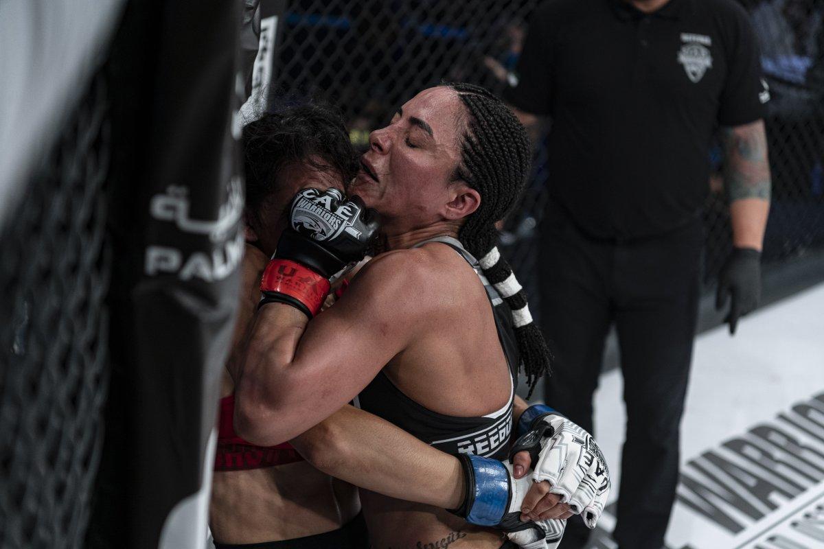 Sabriye Şengül MMA de kazanan ilk Türk kadın oldu #2
