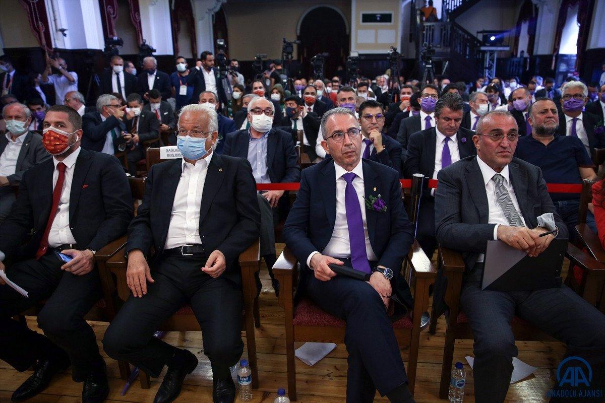 Galatasaray başkanlık seçiminde hakaret gerginliği #4