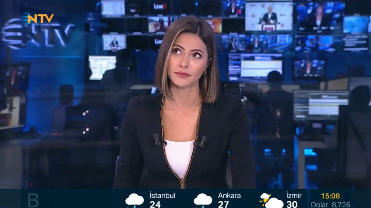 TV kanallarında canlı yayında deprem anları #3