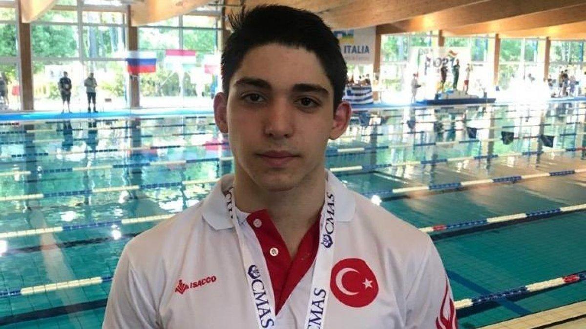 Paletli yüzmede Kaan Kahraman, dünya şampiyonu oldu #1