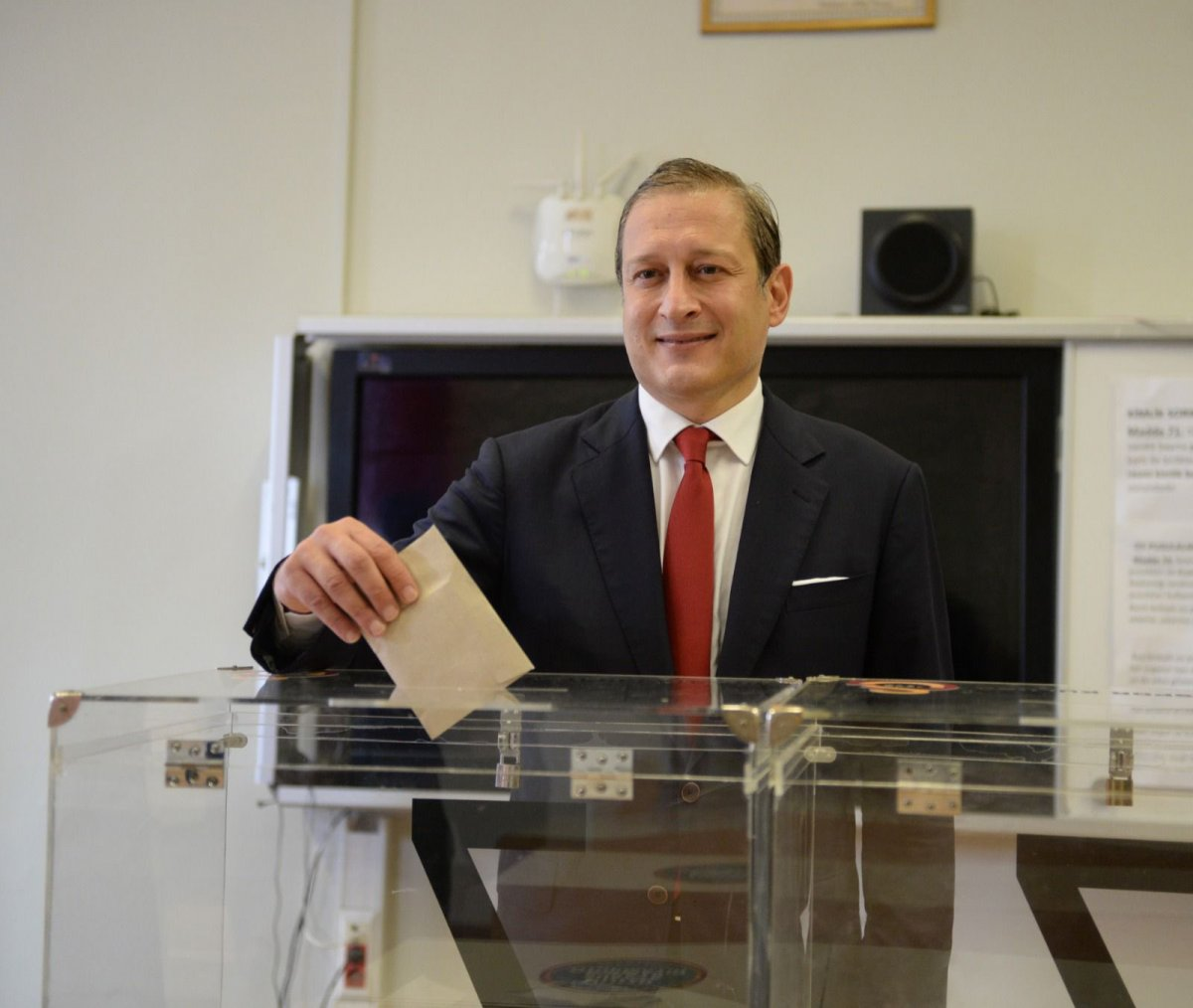 Galatasaray ın 38. başkanı Burak Elmas oldu #4