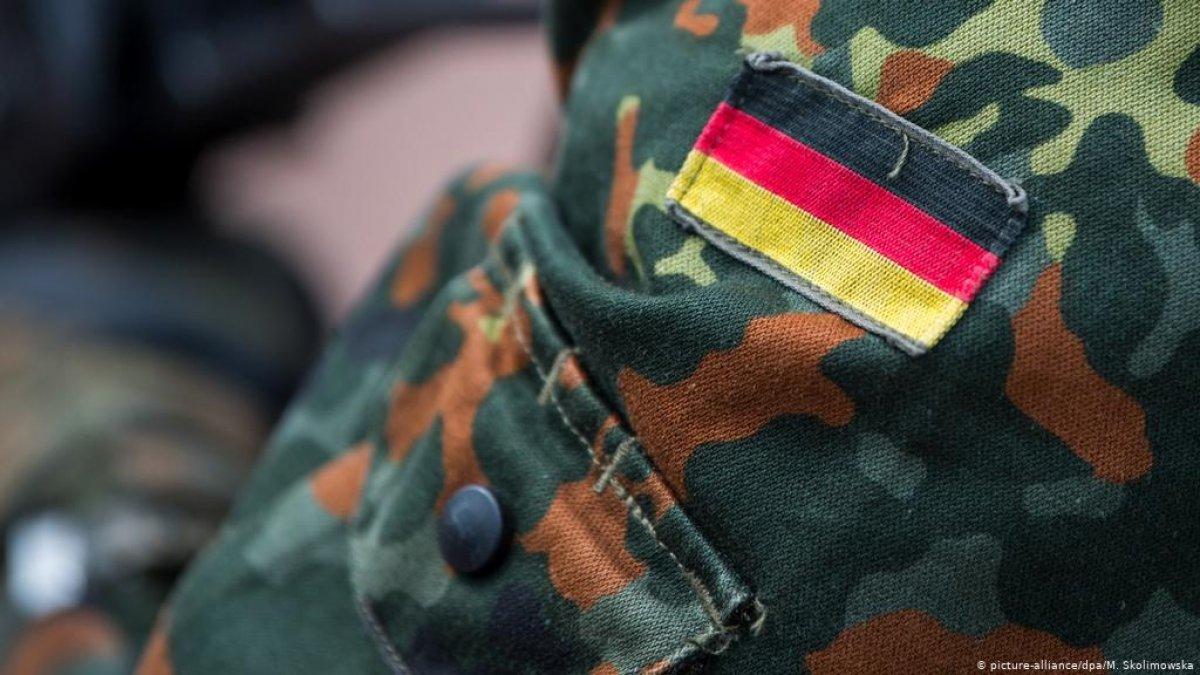 Almanya ordusunda 90 yıl aradan sonra ilk askeri hahambaşı görev yapacak #1