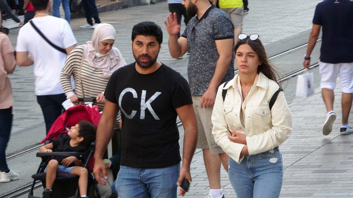 İstiklal Caddesi nde sokağa çıkma kısıtlaması unutuldu #3