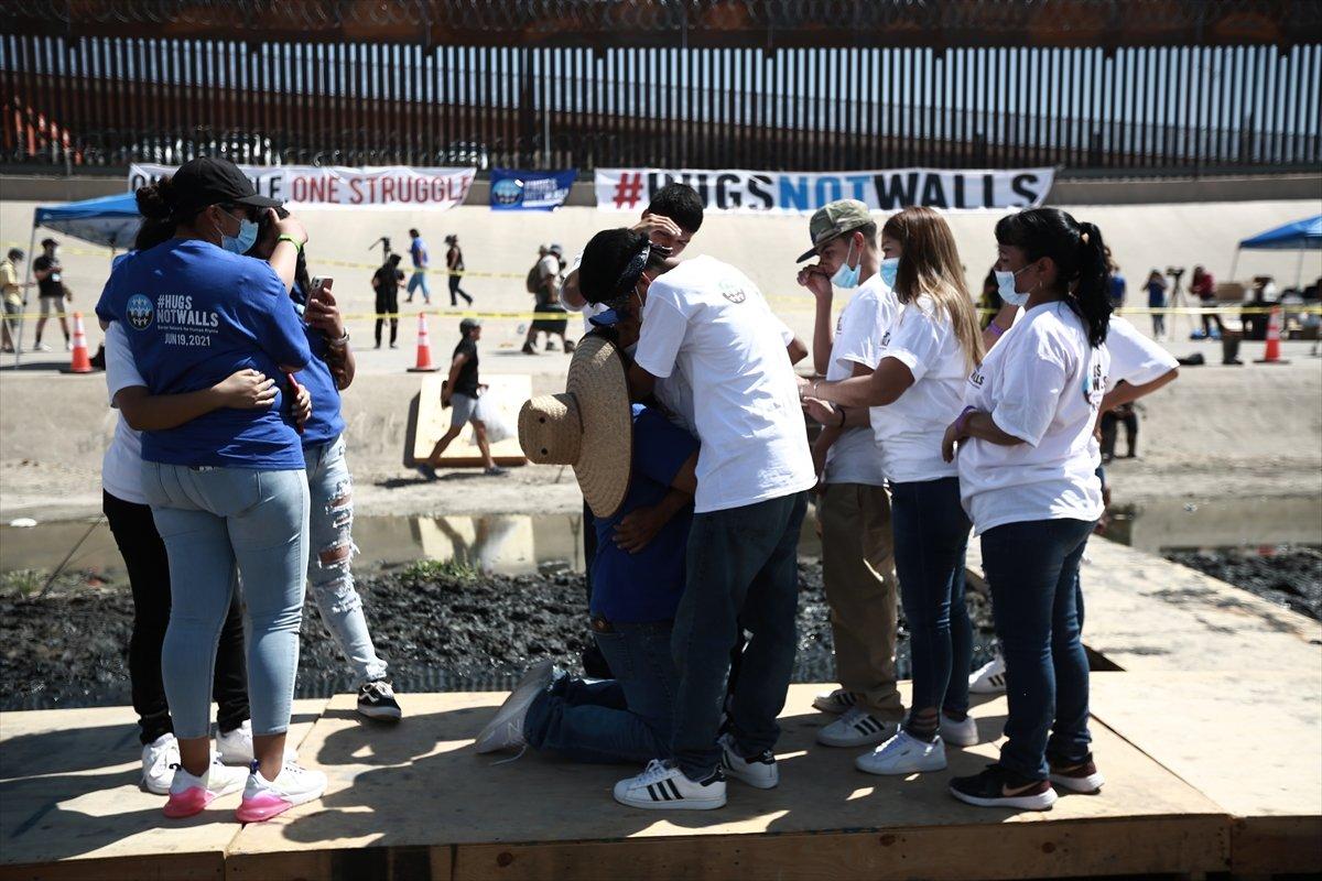 ABD - Meksika sınırında gösteri #1