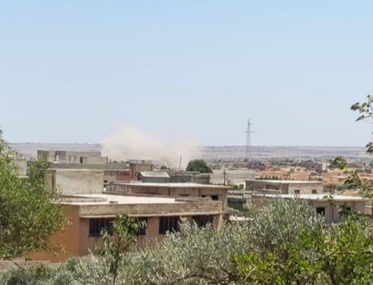 Suriye'de İdlib kırsalı, topçu saldırılarının hedefi oldu  #1
