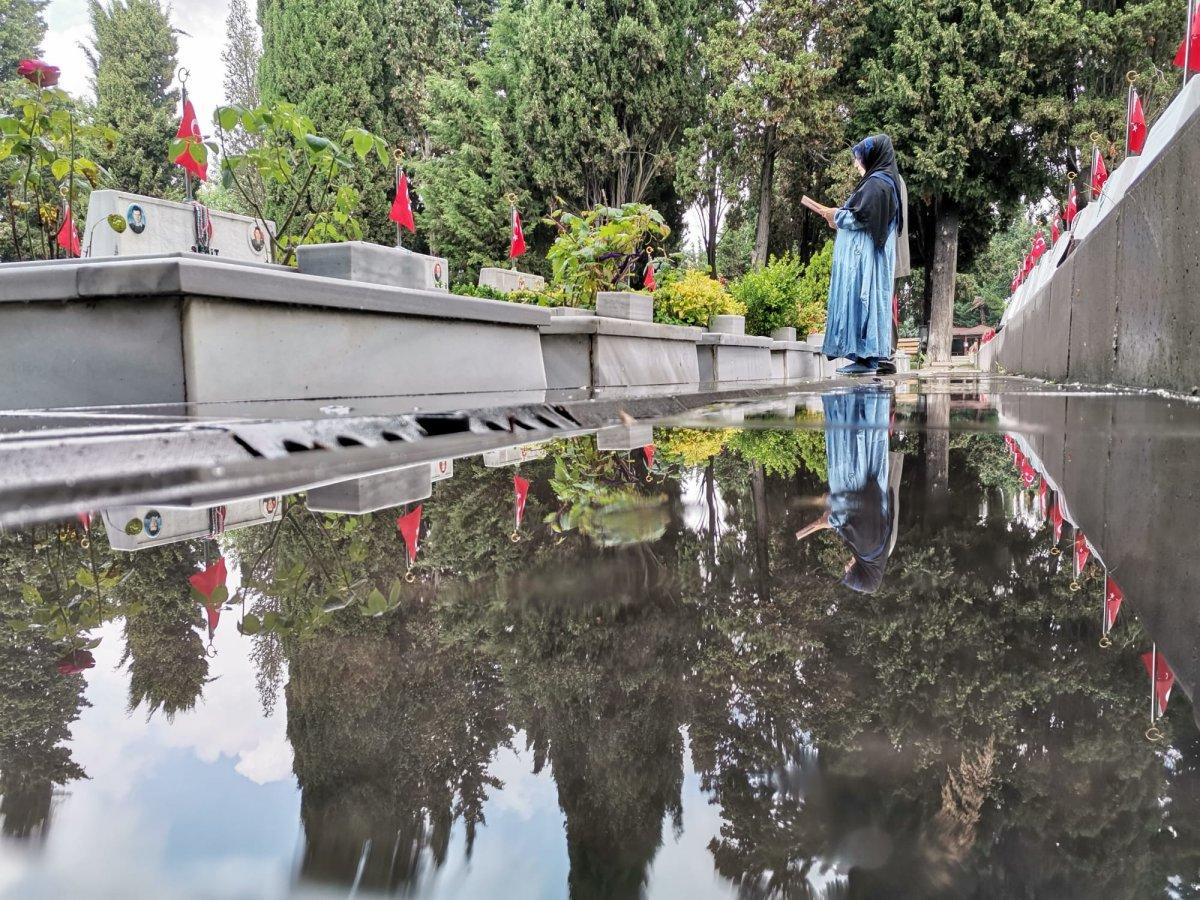 Edirnekapı Şehitliği'nde Babalar Günü buruk geçti  #2