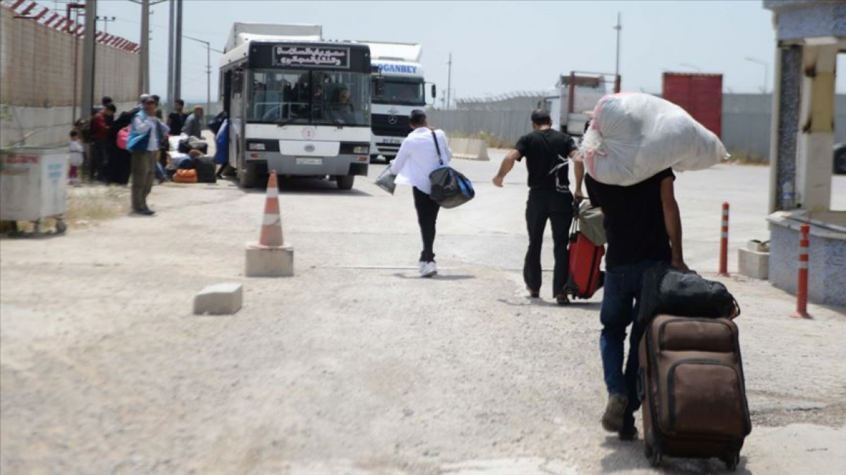 Suriyeli sığınmacıların yüzde 65'i ülkesine dönmek istiyor #4