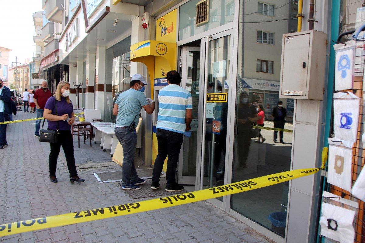 Bolu da PTT şubesinden 170 bin lira çalan güvenlik görevlisi tutuklandı #1