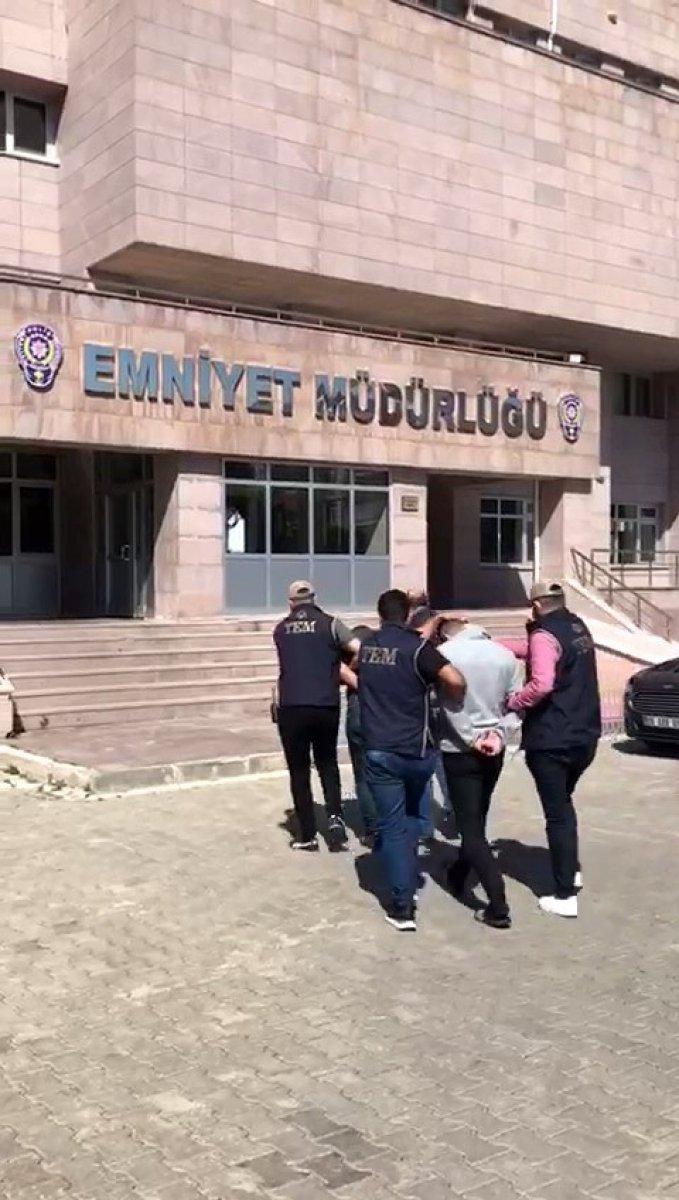 Yozgat'ta FETÖ/PDY'nin askeri mahrem yapılanmasına operasyon  #1