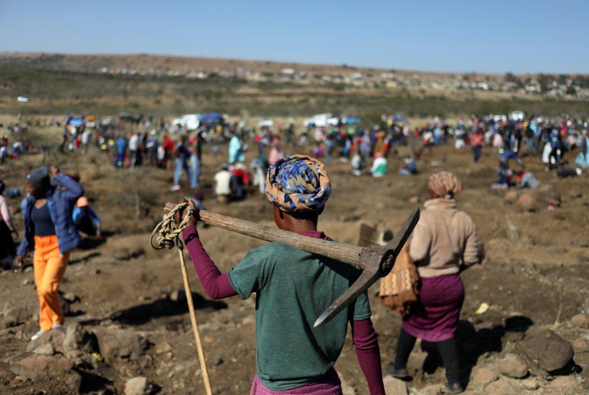 Güney Afrika da keşfedilen taşların kuvars kristalleri olduğu belirlendi #2