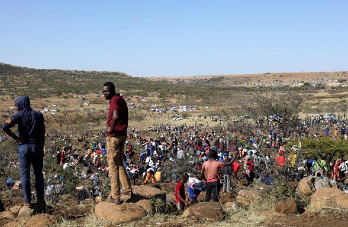 Güney Afrika da keşfedilen taşların kuvars kristalleri olduğu belirlendi #3