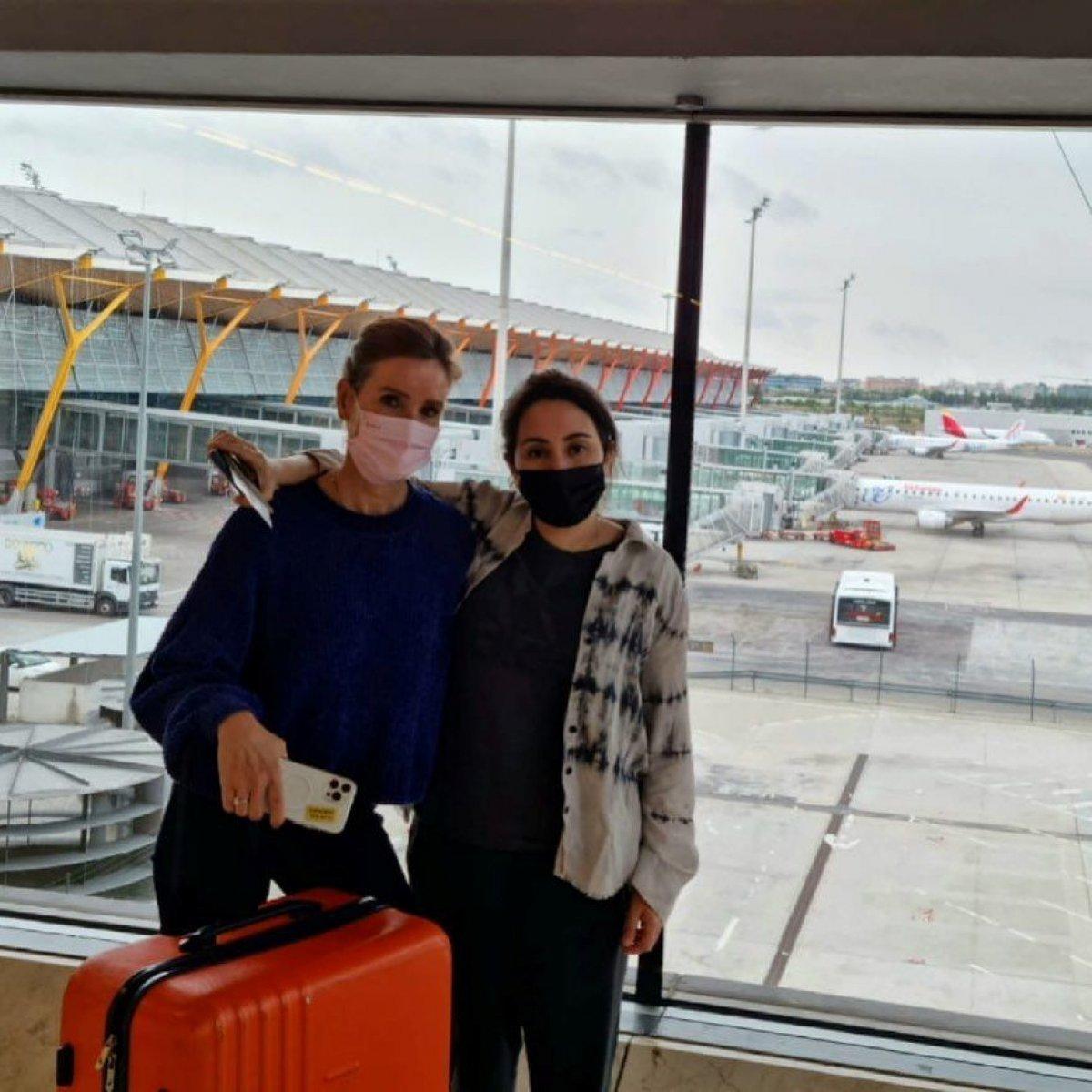 Prenses Latife nin havalimanında çekilen fotoğrafı paylaşıldı #1