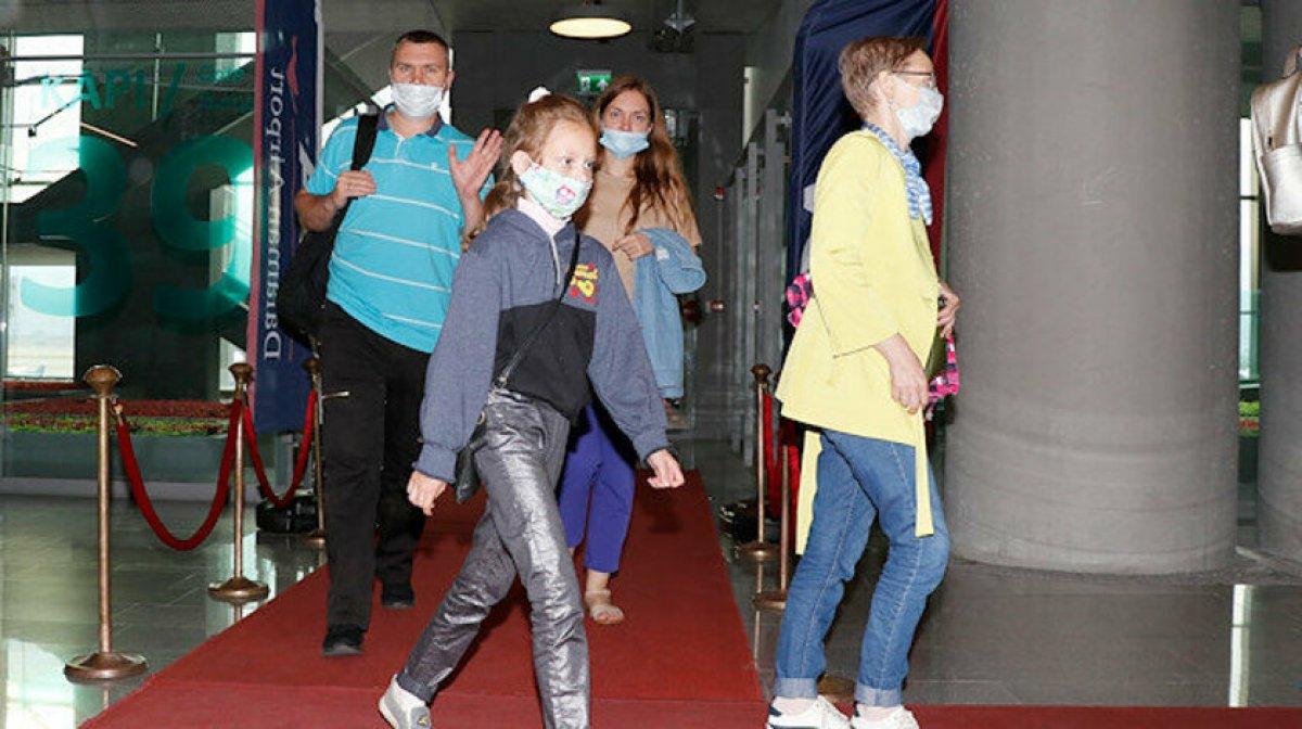 Antalya ya 12 bin 200 Rus turistin gelmesi bekleniyor  #2