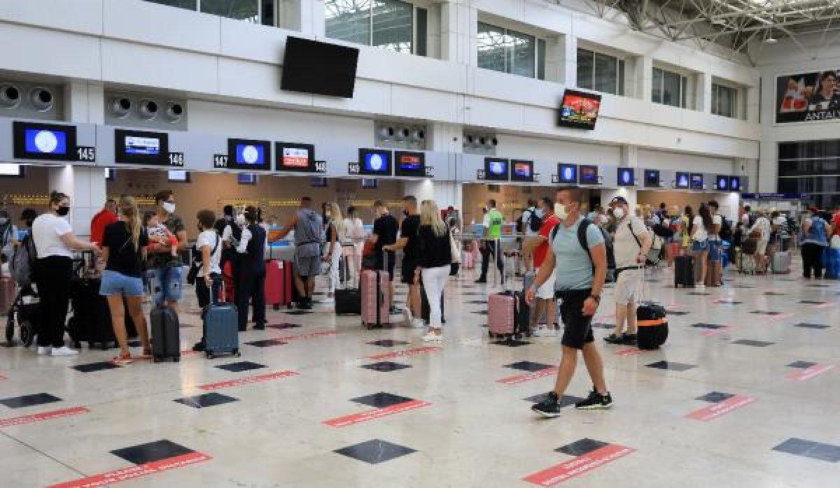 Antalya ya 12 bin 200 Rus turistin gelmesi bekleniyor  #1