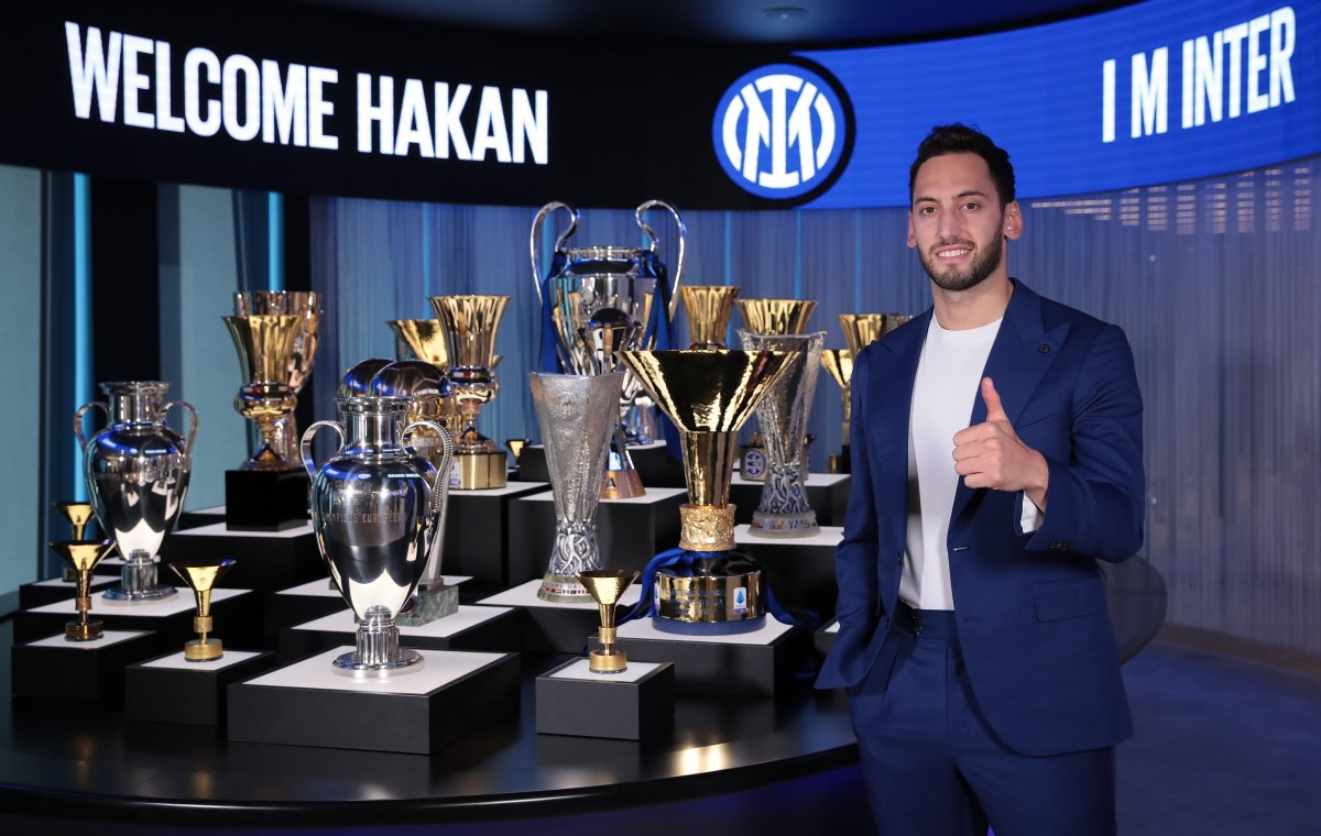 Hakan Çalhanoğlu Inter de #1