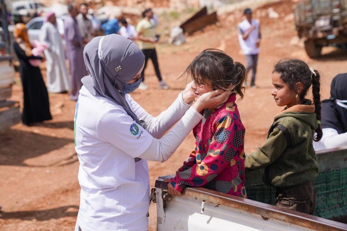 Gamze Özçelik, Tanzanyalı çocukların yardımına koştu #4
