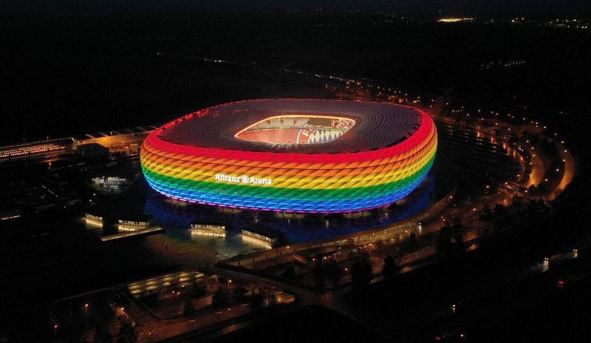UEFA, Allianz Arena nın gökkuşağı ışıklandırmasına izin vermedi #2