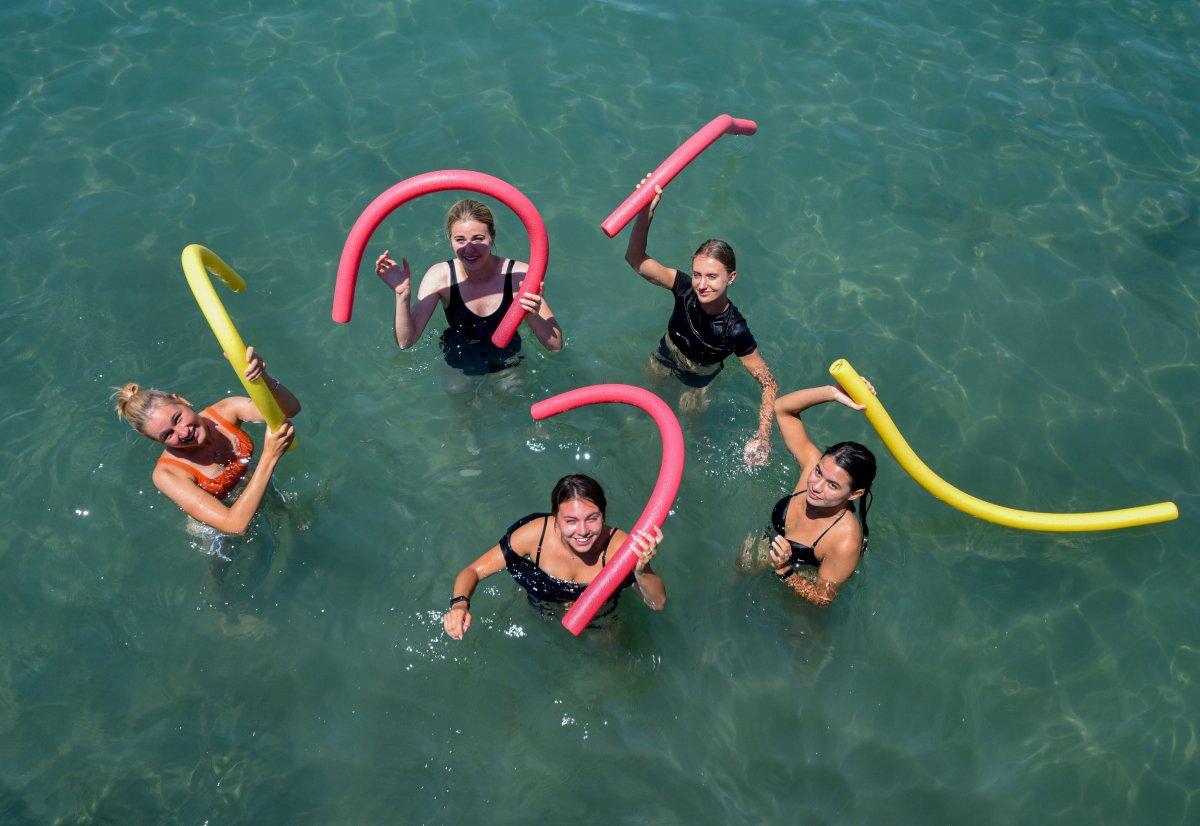 Antalya plajları normale döndü #9